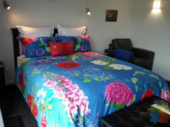 ACCOMMODATION - BED & BREAKFAST