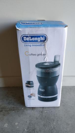 DeLonghi Coffee Grinder KG49 with Grind Selector - 3/3