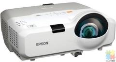 Epson projector EB-420. RRP $1320
