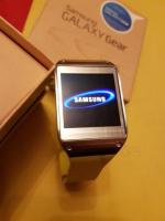 Great Condition Samsung Galaxy Gear SM-V700 Bluetooth Smart Watch with CAMERA