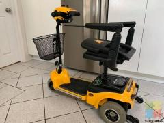Mobility Scooter Cute Compact & Folds down to 4 Pieces in 10 seconds