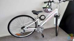 Lady Apollo Shoreline bike size XS14 complete with lock and helmet
