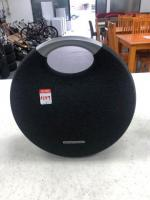 ****Genopay available*** Harman/kardon wireless speaker inc charger