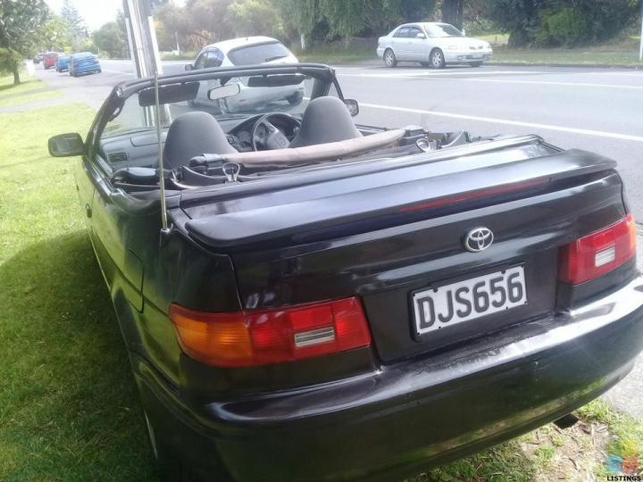 AUTOMATIC CONVERTIBLE 97 Car in good condition,good reliable car Nice for summer - 3/3