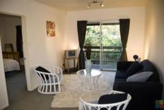 An upstairs 2 bedroom unit with 1 bathroom at Mt Albert.
