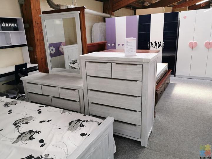 Brand New Queen Size Bedroom Suite 6, Whitewash Bedroom Furniture Nz