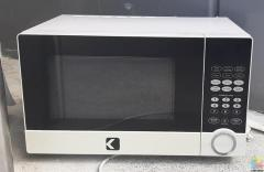 MICROWAVE OVEN AS NEW