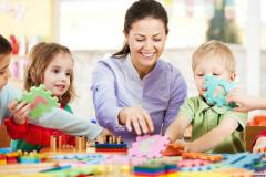 Experienced Twin Nanny in Morningside