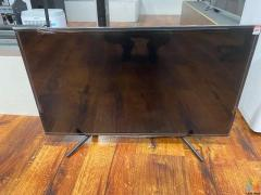 """***GENOAPAY AVAILABLE***SONY 43"""" SMART TV WITH REMOTE"""