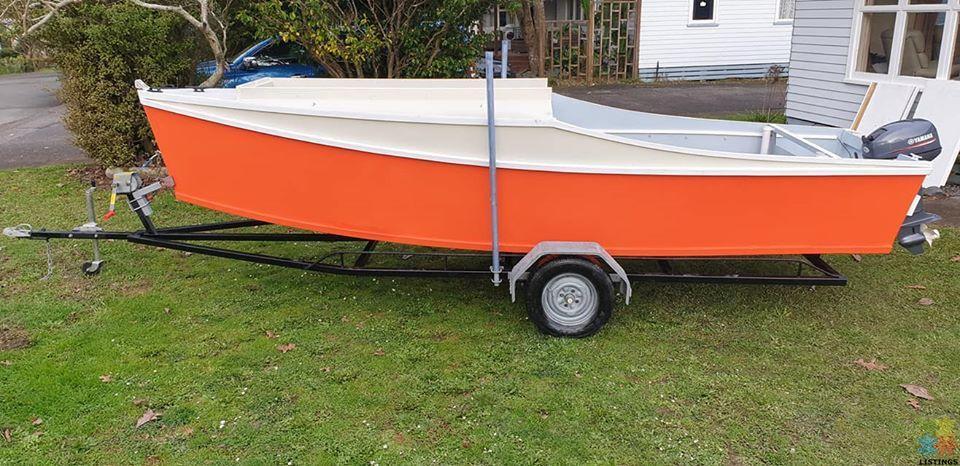 Boat, Flat bottom Dory - 1/2
