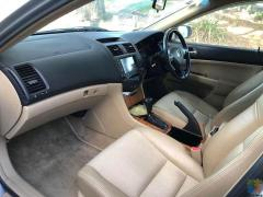 2005 honda accord 2L half leather seats