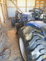 2017 NEW HOLLAND boomer 35 hydro 4wd turf