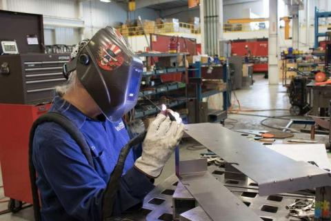 SHEETMETAL FABRICATOR WELDER