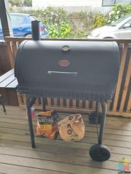 Char n'Grill plus smoker BBQ