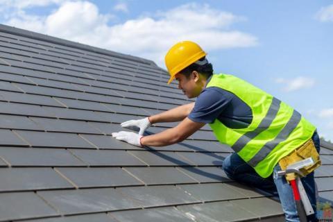 Skilled/Qualified Roofer