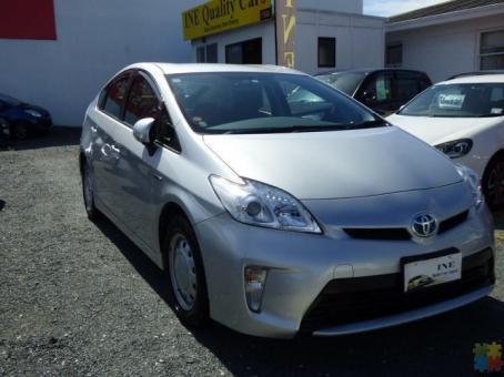 2013 Toyota Prius now $2000 off
