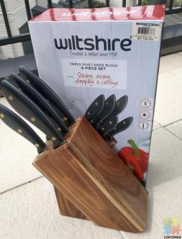Triple rivet knife block