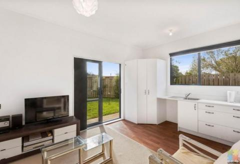 Tidy & very private one bedroom unit with its own kitchenette/living area & bathroom