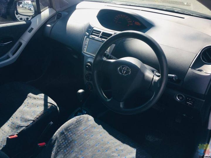 2009 Toyota Vitz - 3/3