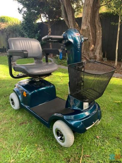 Mobility Scooter CTM HS-360 Model been Stored inside Amazing Beautiful Condition - 1/2