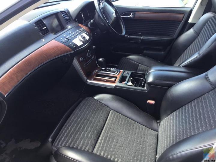 2005 Nissan fuga 250 **black half leather trim** - 1/3