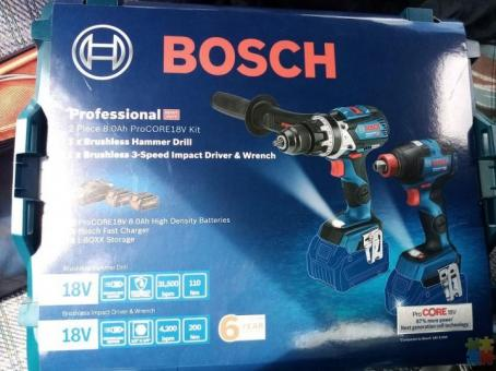 Bosch 18v hammer drill and impact driver kit