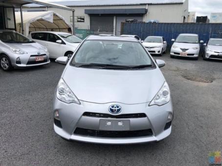 2014 Toyota aqua s