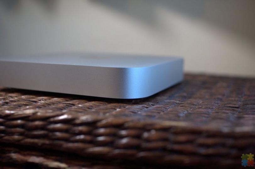Apple Mac Mini i7 Quad Core - 4/15