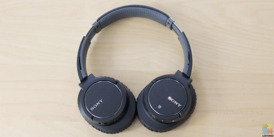 Sony MDR-ZX770BN Noise Cancelling Wireless Bluetooth Headphones - 3/3