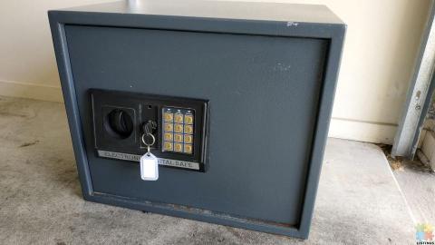 Sandleford Electronic Safe