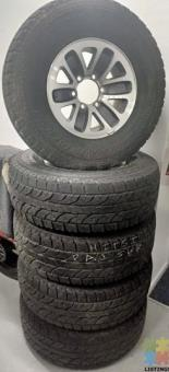 SECOND HAND GREY / SILVER 15inch WHEELS & TYRES 265/70R15 A/Ts