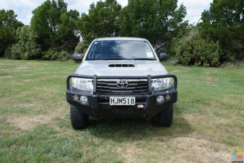2014 Toyota hilux 4wd 5m facelift model mcc bull bar