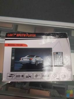 Car 2 din stereo player with reverse camera