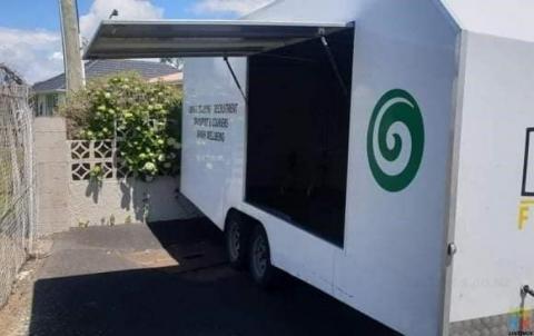 Car Transportation Covered trailer