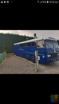 1965 Bedford VAL twin steer.  Leyland 400, 5 speed with 2 speed diff 10.5 mtrs.