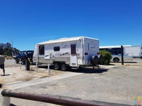 Renting Long Term 23 foot 2 berth Aussie Caravan