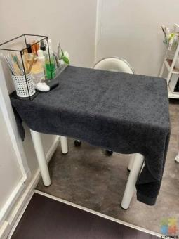 Nail area for rent