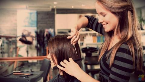 Intermediate Hair Stylist/Hair Stylist