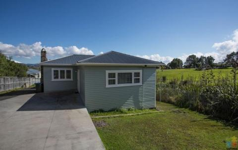 1 double bedroom available in a Scenic Avondale/Waterview 3 bedroom house,