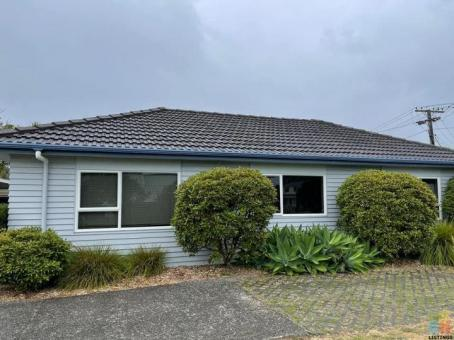 2br 1bath, single garage, private entry in Cockle Bay