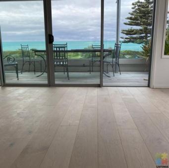 Hybrid 100% Waterproof & Laminated Flooring
