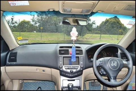2006 Honda accord**rev camera+sporty alloy wheels**