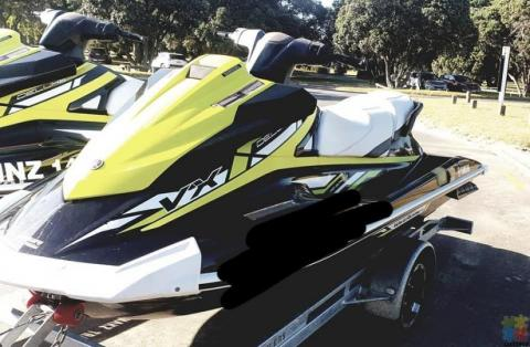 2019 Yamaha VX Deluxe Jetski on brand new trailer