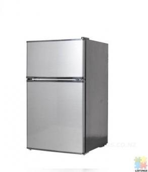 Brand New Midea 91L Bar Fridge Freezer JHTMF91SS