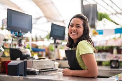 Marine Retail Sales Assistant