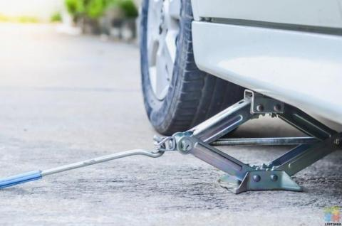CAR AND SUV JACKS STARTING FROM $20