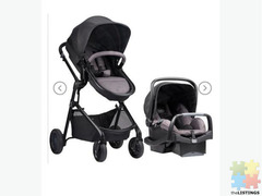 BRAND NEW complete travel system ( Pram and capsule)