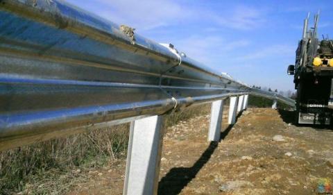 Guard Rail Installer