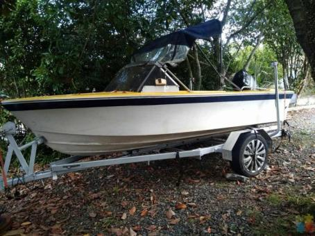 Boat ready for fishing