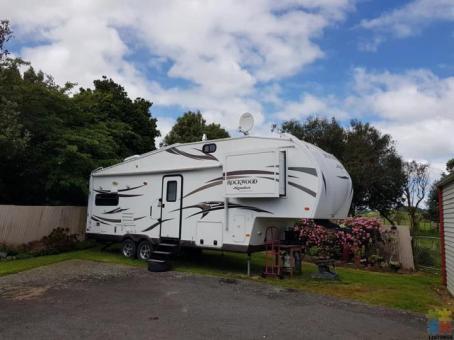 2013 Rockwood signature caravan